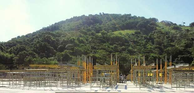 Palco começa a ser construído para a missa do Papa em Guaratiba, na Zona Oeste do Rio, para a Jornada Mundial da Juventude (Foto: Divulgação)