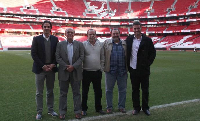 Comitiva Flamengo, Eduardo Bandeira de Mello no Benfica (Foto: Rafaela Reis / SL Benfica)
