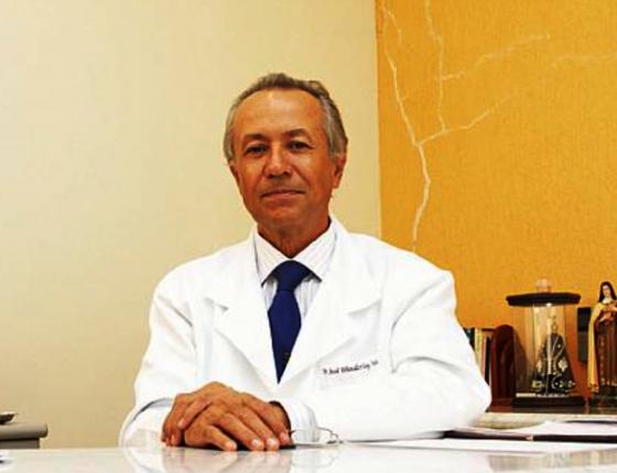 """O médico José Wanderley, um dos organizadores da """"Festa dos Canalhas"""" (Foto: Carla Cleto/Agência Alagoas)"""