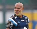 Alecsandro mostra novo visual no treinamento do Palmeiras; aprova?