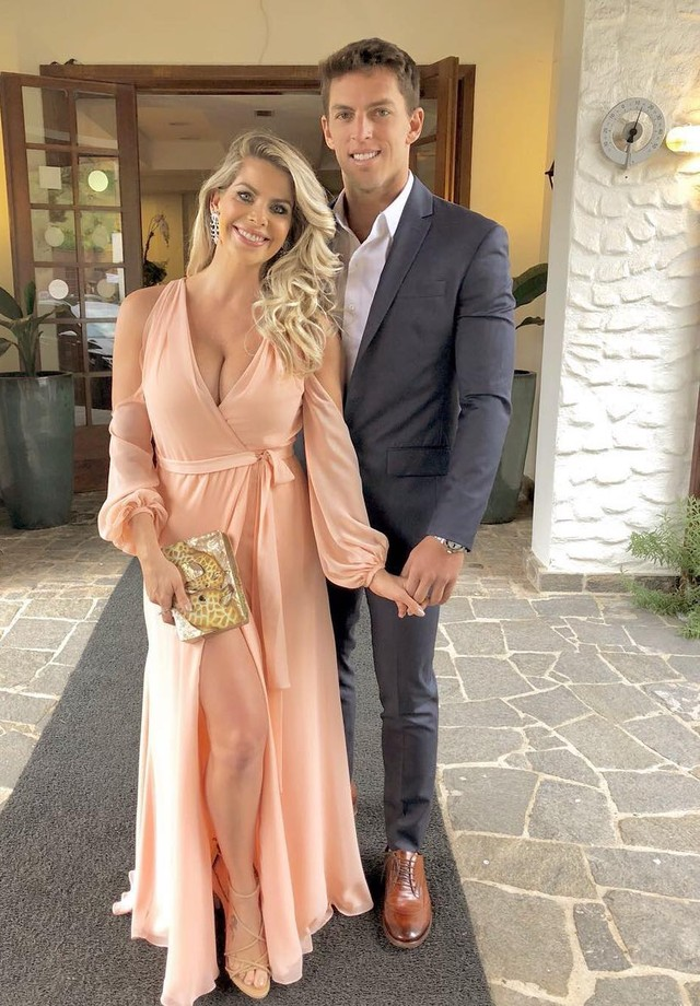 Karina Bacchi e Amaury Nunes (Foto: reprodução/instagram)