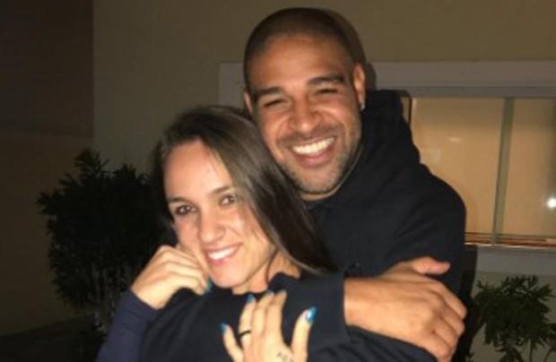 Adriano Imperador e Ramona orrêa (Foto: Reprodução/Instagram)