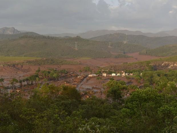 Lama também poderá ter efeitos consideráveis nos rios da região (Foto: AFP PHOTO / Douglas MAGNO)