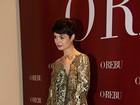 Sophie Charlotte arrasa com vestido dourado na festa de 'O Rebu'