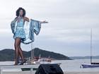 Cantora Corona quer retomar carreira no Brasil após 20 anos na Itália