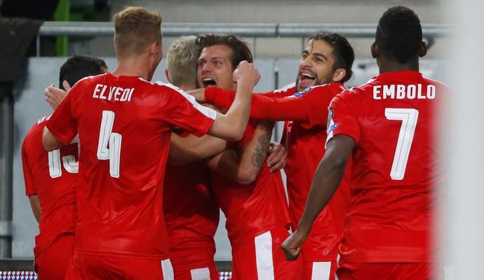 Stocker Suíça Hungria eliminatórias europa (Foto: Laszlo Balogh/Reuters)