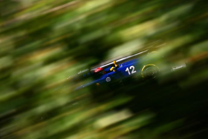 Felipe Nasr em ação nos treinos livres para o GP da Hungria (Foto: Getty Images)
