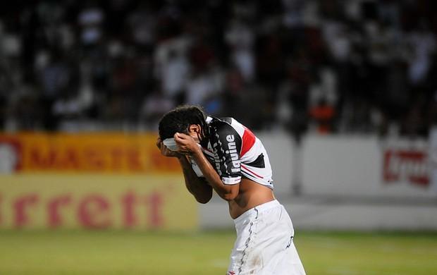 dênis marques santa cruz (Foto: Aldo Carneiro / Pernambuco Press)