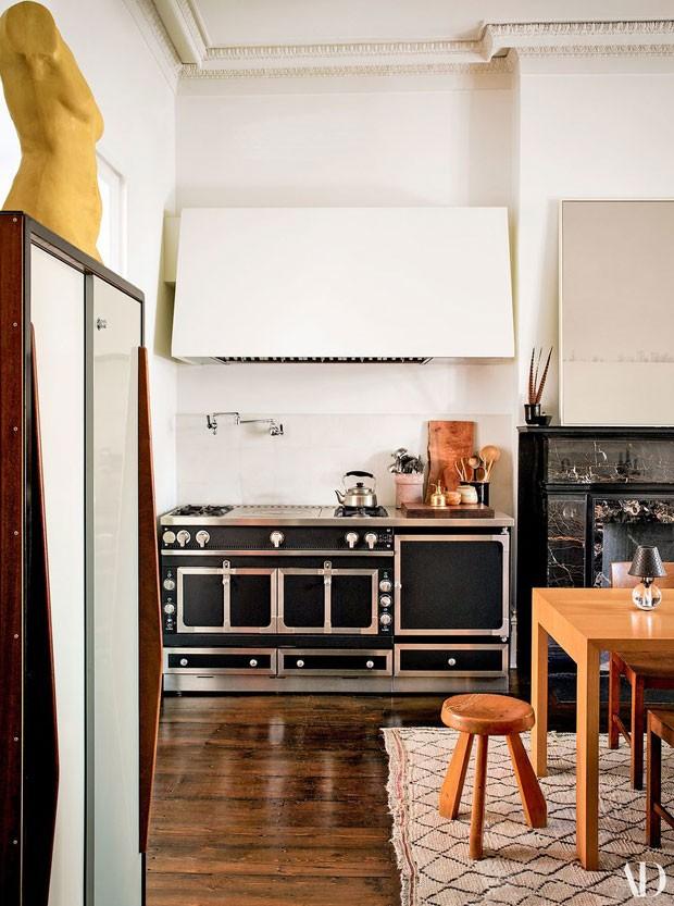 A cozinha de Julianne Moore (Foto: Reprodução Architectural Digest)