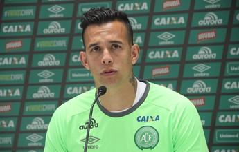 """Danilo vira a página e faz alerta sobre o Santos: """"Um dos melhores ataques"""""""