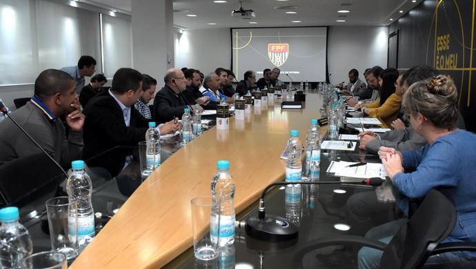 Conselho técnico Série A3 (Foto: Rodrigo Corsi / FPF)
