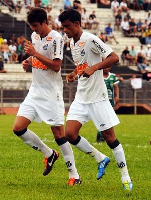 Gustavo Henrique e Jubal Santos (Foto: Mario Roberto / Divulgação Santos FC)