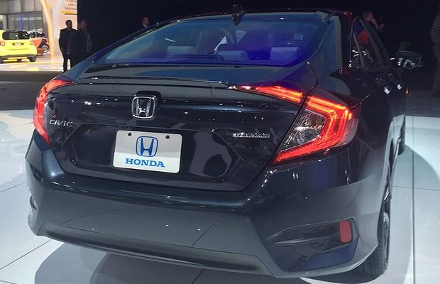 Honda Civic Touring no Salão de Detroit 2016 (Foto: Michelle Ferreira/Autoesporte)