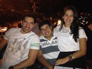 Eduardo, André (ao meio) e Maysa estão se formando em medicina (Foto: Benedito Dias/Arquivo Pessoal)