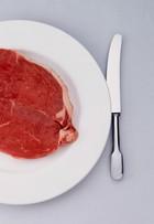 Dieta da proteína, seguida por várias famosas, pode causar mal à saúde