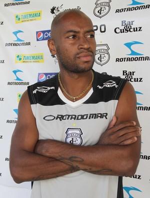 Júlio César, novo reforço do Treze  (Foto: Leonardo Silva / Jornal da Paraíba)