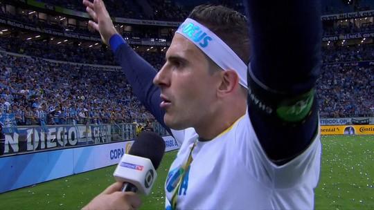 """Grohe celebra primeiro título na Arena: """"A gente vai ser lembrado sempre"""""""
