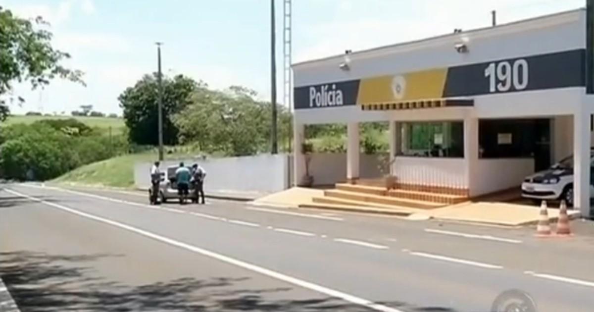 Polícia testa nova estratégia de fiscalização em rodovias de Araçatuba - Globo.com