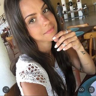 Carol Dias revela tratamento contra crise de pânico: 'Era escrava da beleza'.
