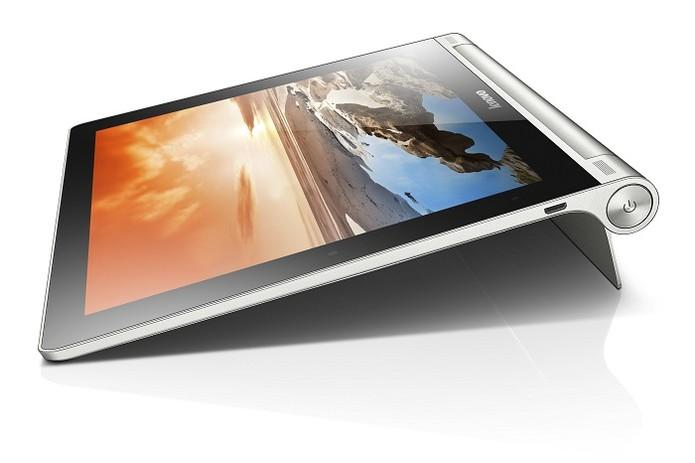 Yoga Tablet tem boa configuração, mas não possui conexão GSM (Foto: Divulgação/Lenovo)