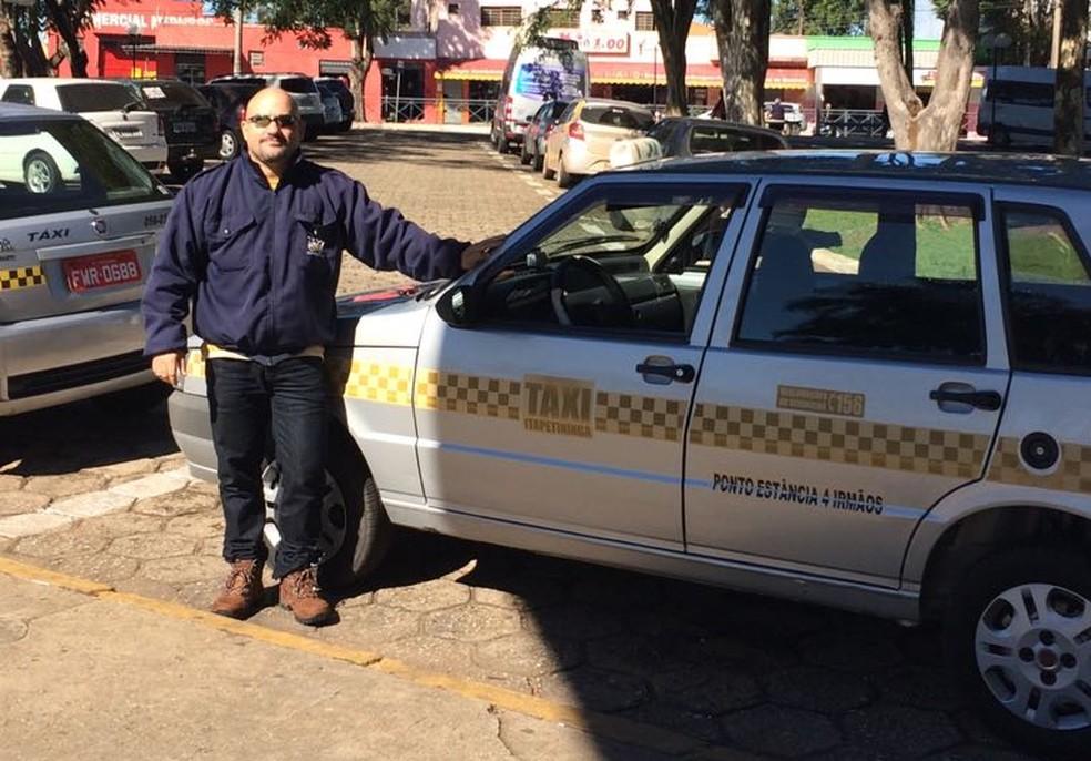 José Luiz de Almeida trabalha como taxista há 16 anos (Foto: Arquivo Pessoal )