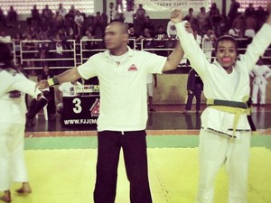 Amanda Alves da Equipe de Jiu Jitsu Aguia Dourada de Bom Despacho (Foto: Amanda Alves/ Arquivo Pessoal)