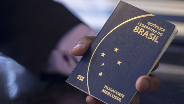 Passaporte - Brasil - brasileiro - passaporte brasileiro (Foto: Marcelo Camargo/Agência Brasil)