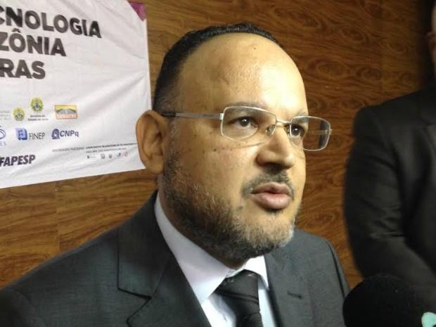 Ministro da Educação Henrique Pain fala durante SBPC no Acre (Foto: Rayssa Natani/ G1)