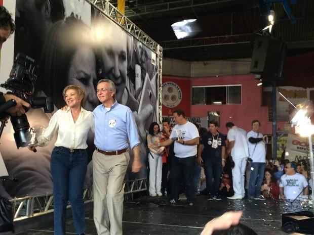 Marta e Matarazzo em anúncio da candidatura da peemedebista à Prefeitura de São Paulo (Foto: Lívia Machado/G1)