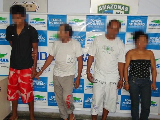 Suspeitos foram presos por PMs da 13ª Cicom na Zona Leste da capital amazonense (Foto: Divulgação/Assessoria Polícia Civil)