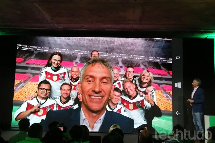 Selfie tirada durante o evento da Microsoft (Foto: Fabricio Vitorino/TechTudo)