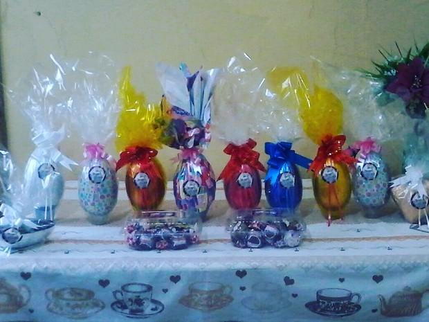 Para Páscoa, o grupo teve a ideia de fazer ovos de chocolate (Foto: Rodrigo da Silva Ferreira/Divulgação)