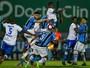 """Grêmio """"corre atrás"""" de rivais em série de empates e faz cobranças internas"""