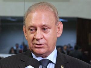 Ademar Traiano (PSDB) é líder do governo na Assembleia (Foto: Nani Gois/Alep)
