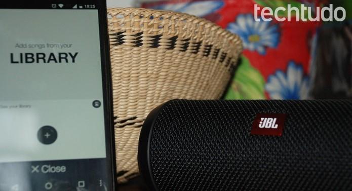 Comandos da Flip3 e do app não são intuitivos (Foto: Raquel Freire/TechTudo)
