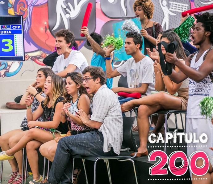 A galera fica teeeeensa com as lutas! (Foto: Paulo Belote/TV Globo)