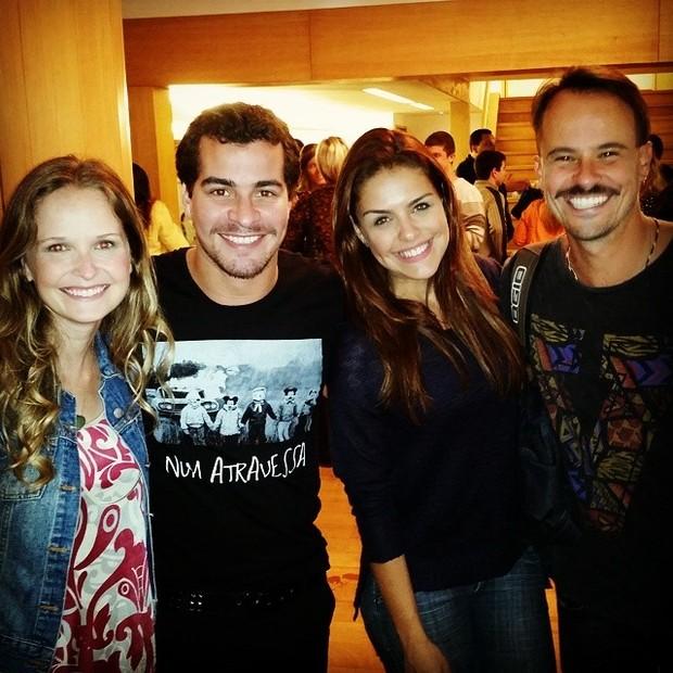 Fernanda Rodrigues, Thiago Martins, Paloma Bernardi e Paulo Vilhena em teatro na Zona Sul do Rio (Foto: Instagram/ Reprodução)
