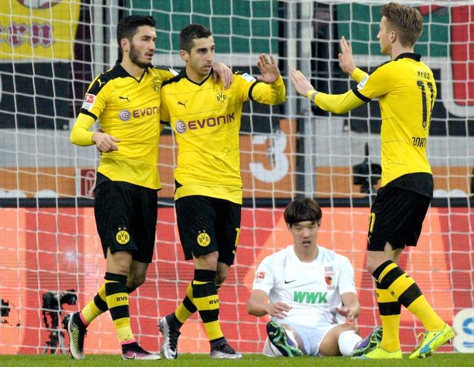 Mkhitaryan gol Borussia Dortmund Augsburg (Foto: AP)