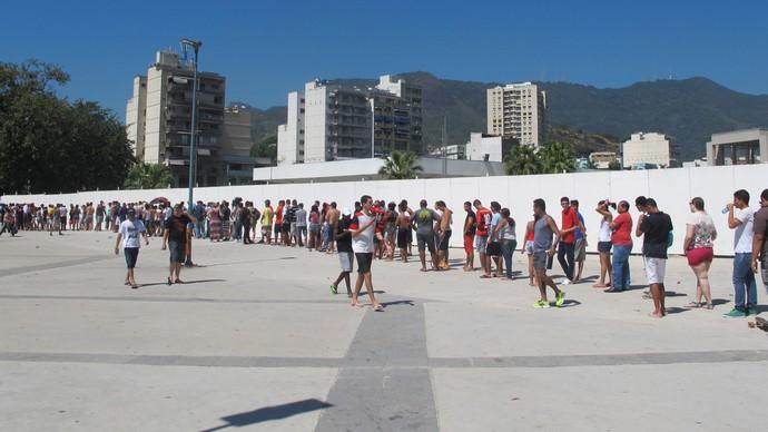 fila flamengo maracanã (Foto: Fred Huber)