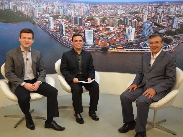Eduardo Amorim responde pergunta dos internautas (Foto: Flávio Antunes / G1)