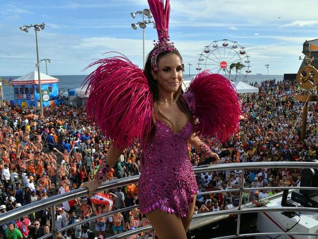 Ivete Sangalo no carnaval de Salvador (Foto: Elias Dantas/Ag. Haack)