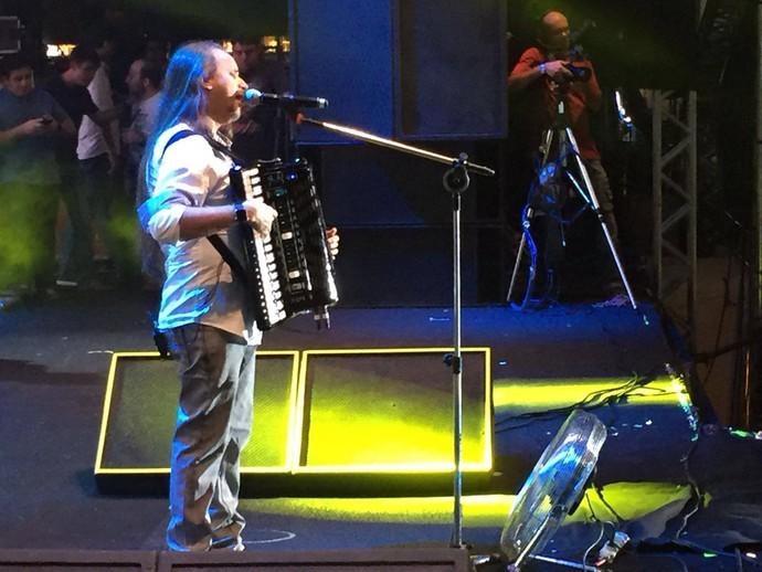 O forrozeiro é a primeira atração a se apresentar no último dia de shows (Foto: TV Sergipe)