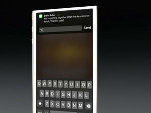 Novo iOS 8 permite responder a mensagens enquanto se usa outros aplicativos (Foto: Divulgação/Apple)