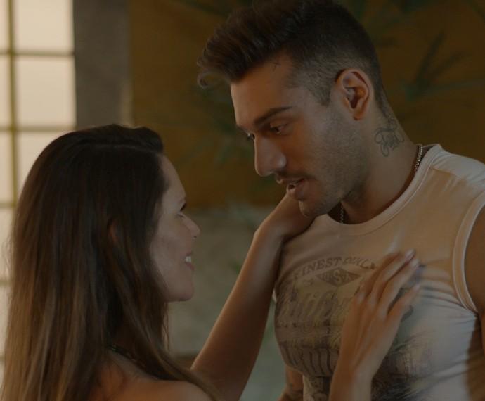Massagem de Uood deu nisso aí... (Foto: TV Globo)
