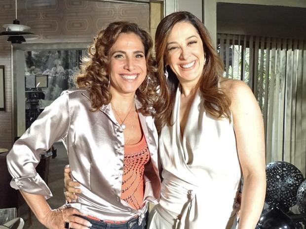 Amigas se divertem quando estão em atuando (Foto: Salve Jorge/TV Globo)