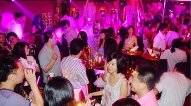 """Festa na china: país tem mercado para """"espantar"""" amantes dos maridos  (Foto: Reprodução)"""