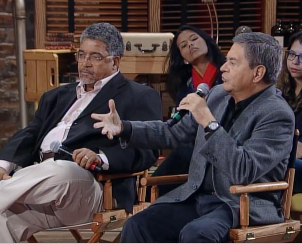 Ubiratan Ângelo e José Vicente debatem o tema Polícia (Foto: Na Moral/TV Globo)