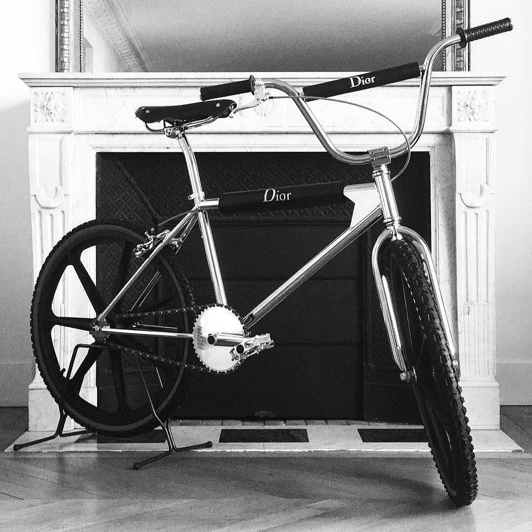Dior Homme lança bicicleta (Foto: Reprodução/ Instagram)