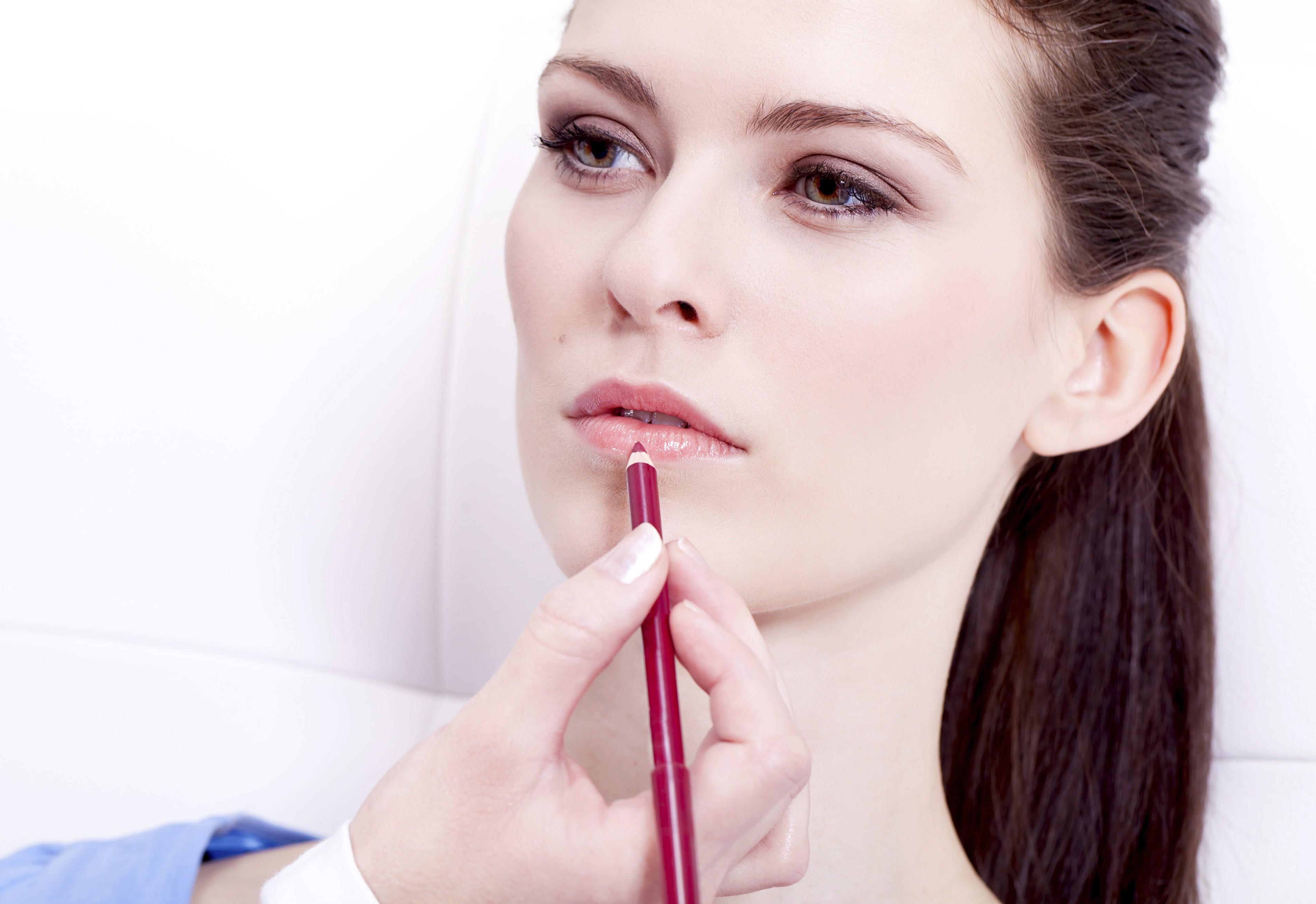 Quatro motivos para você usar o lápis labial e conquistar uma boca perfeita