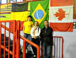 patinação no gelo Luiz Manella, Isadora Williams e Andrey Kryukov (Foto: Arquivo Pessoal)